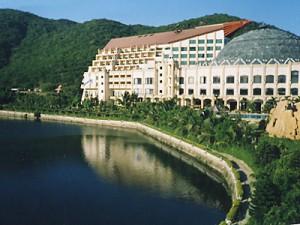 Бухта Ялунвань